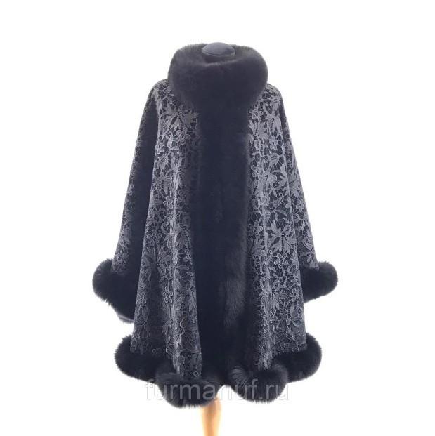 Пальто-пончо бархатное с мехом