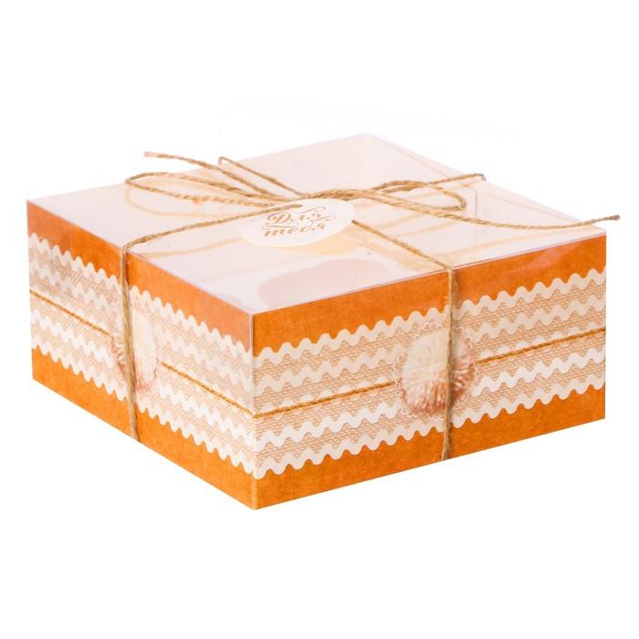 Коробка для капкейка «Воздушных моментов» 16 × 16 × 7.5 см