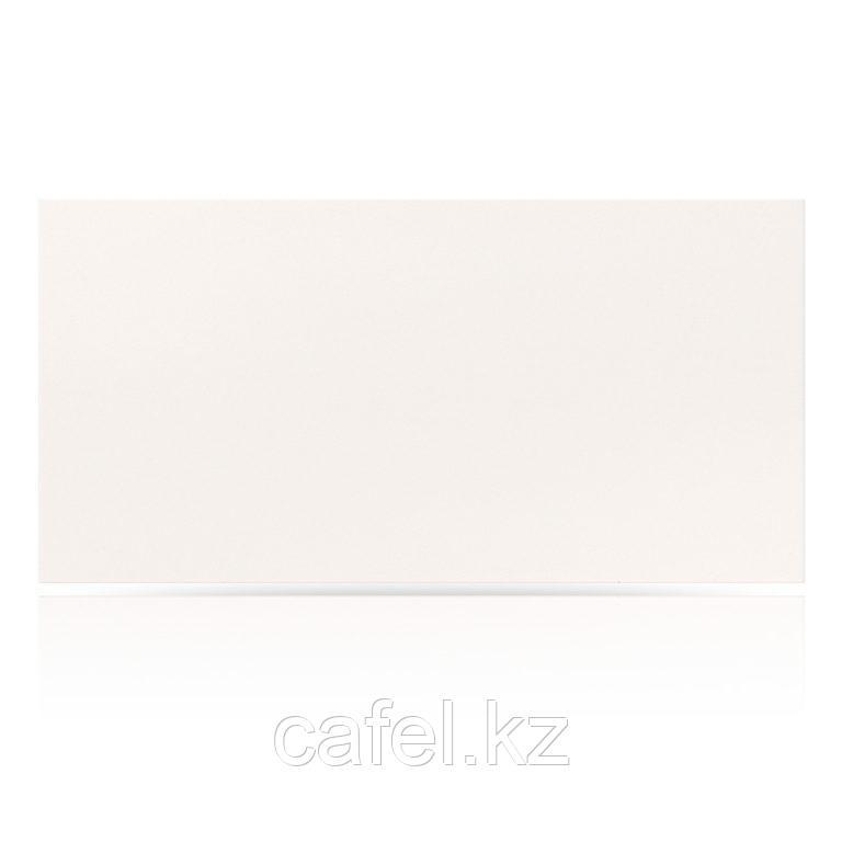 Керамогранит 30х60 UF001R белый