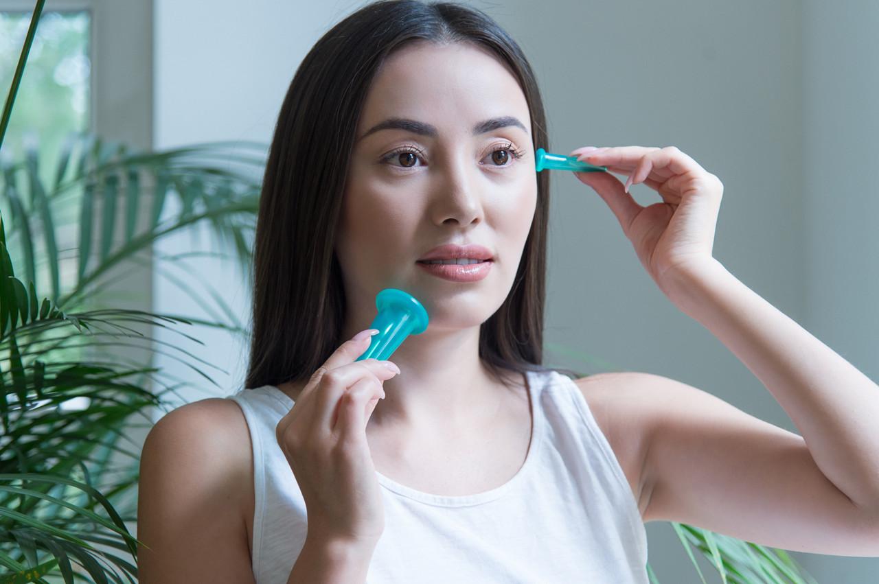 Силиконовые вакуумные баночки для массажа лица + спонжик - фото 2