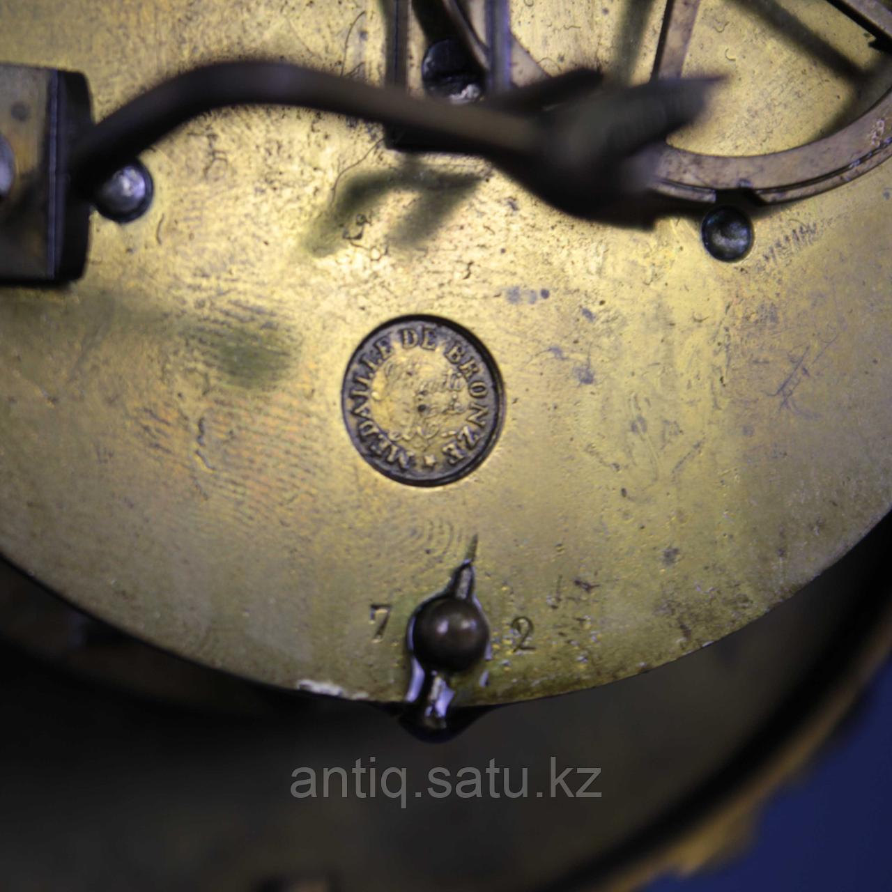 Кабинетные часы в стиле Карла Х. Часовая мастерская Samuel Marti & Cie - фото 7