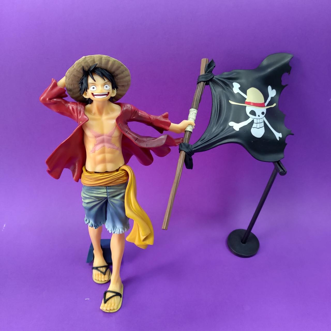 Статуэтка Луфи с Флагом - One Piece