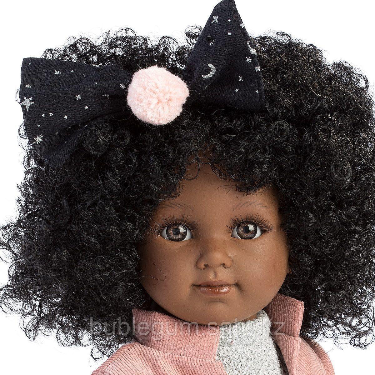 LLORENS:Кукла Зури 35см, мулатка в розовом жакете и черной кружевной юбке - фото 2