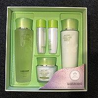 Aloe Full Water Activating Skin Set [3W CLINIC] Комплексный увлажняющий набор алое для чувствительной кожи