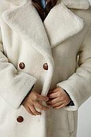 Шуба из натуральной стриженой овечьей шерсти, длина 75 см,  теплостойкость до минус 15 С,  цвет молочный