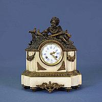 Каминные часы в стиле Людовика XIV. Франция. Конец XIX века