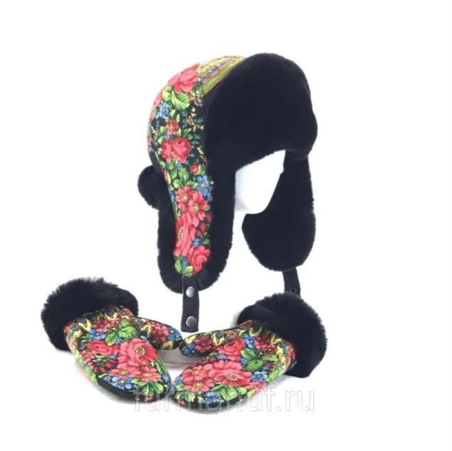 Женские зимние аксессуары: шапка-ушанка и варежки с мехом