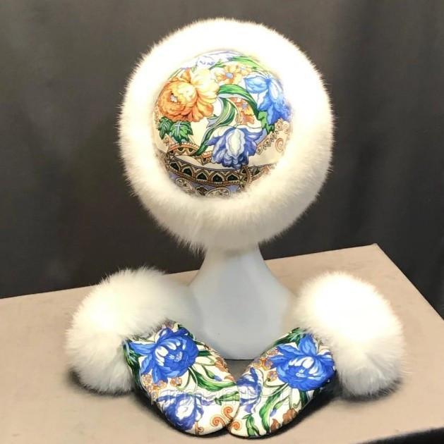 Комплект шапка-кубанка и варежки с мехом песца