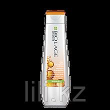 Шампунь с соевым маслом  Matrix Biolage Oil Renew Shampoo 250 мл.