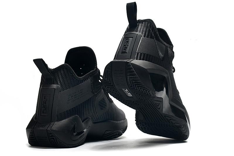 Баскетбольные кроссовки LeBron Soldier 14 ( XIV ) Black - фото 3