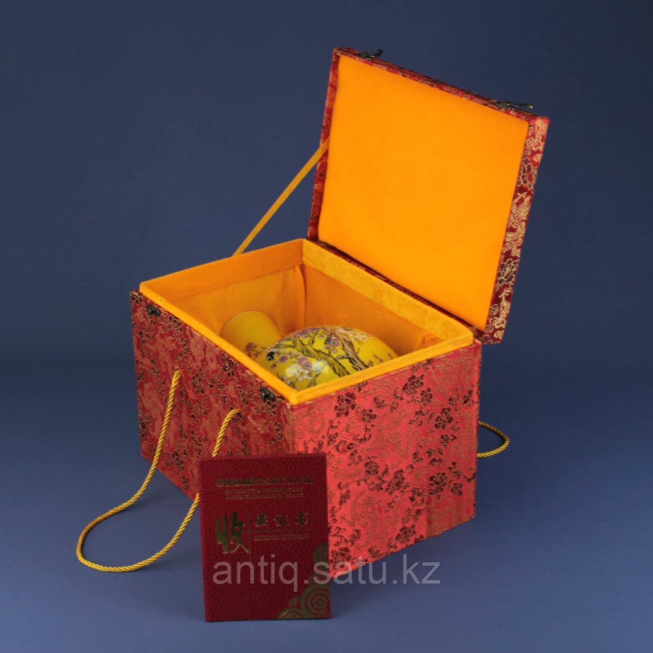 Коллекционная ваза с сертификатом. - фото 2