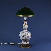 Лампа из итальянской мойолики.