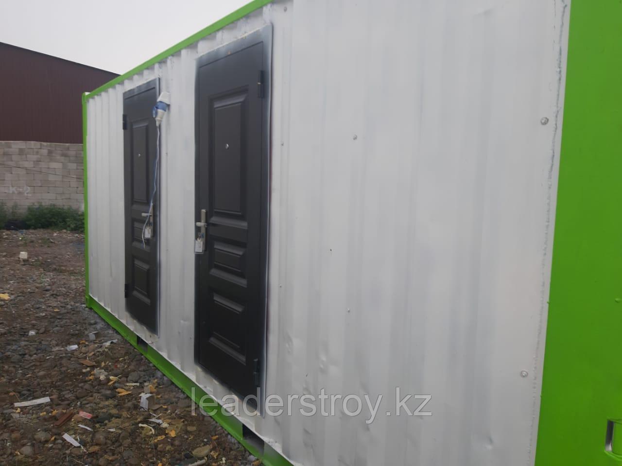Модульный туалет из 20 фут. контейнера.