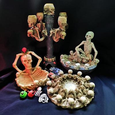 Товары со Скелетами