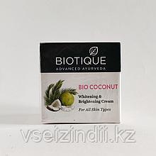 Крем при пигментации и дефектах кожи Био Кокос, Биотик (Bio Coconut, Biotique), 50 гр