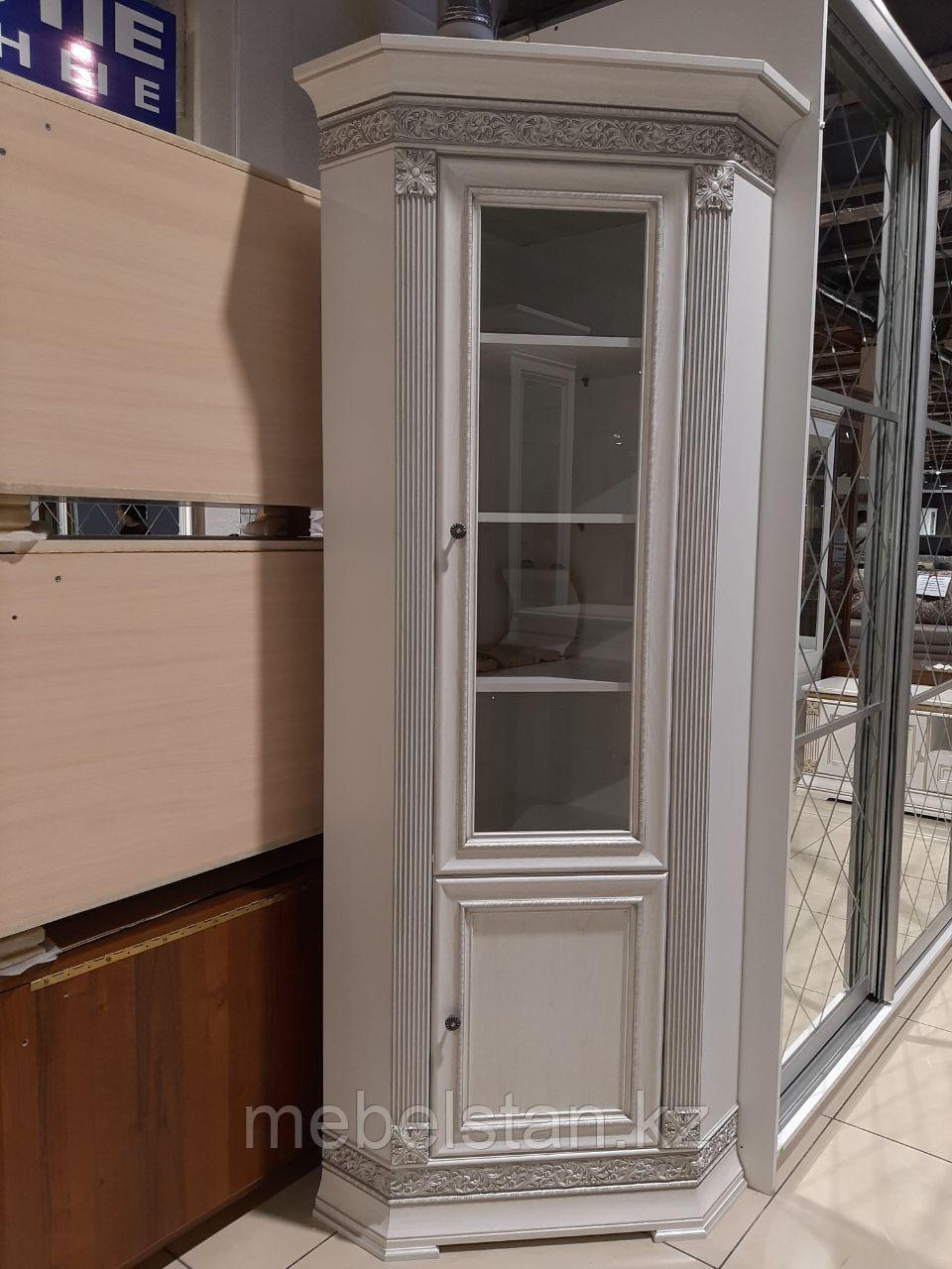 Угловой шкаф-витрина Патриция