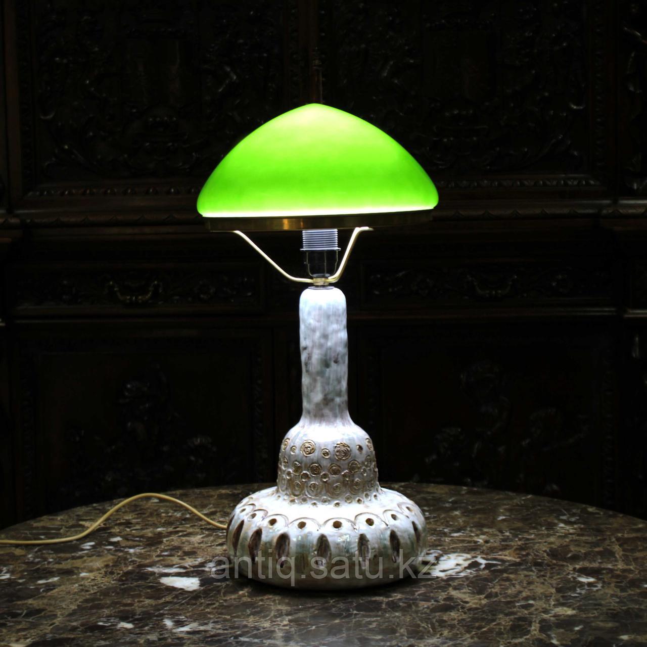 Скандинавская лампа с зеленым куполом. - фото 6
