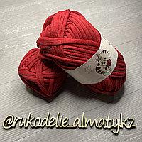 Трикотажная пряжа для ручного вязания красный