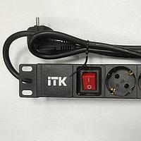 8 розеток PH12-8D1-P  с LED выключателем 1U