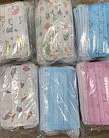 Маска детская медицинская трехслойная из нетканых материалов на резинках