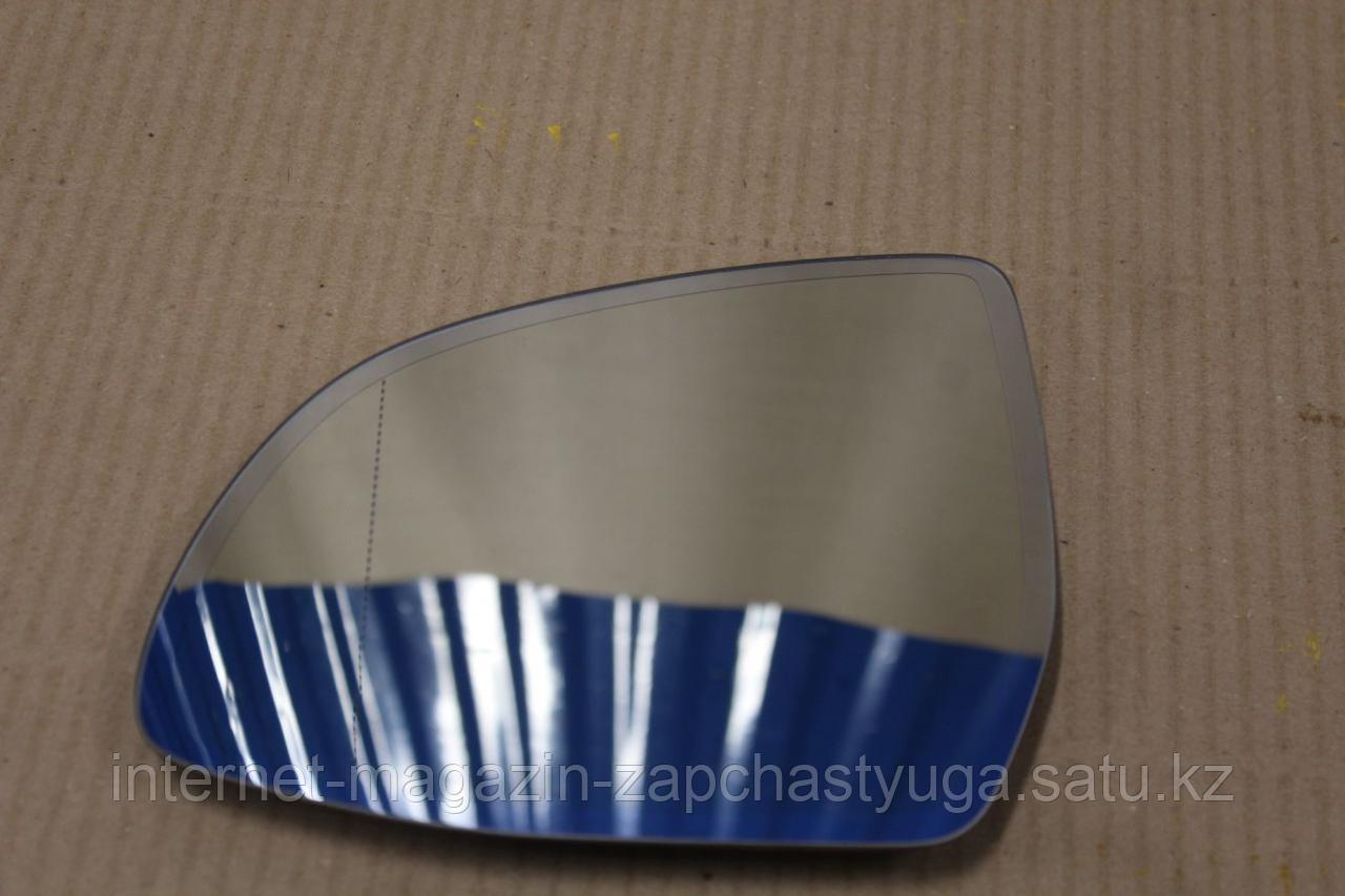 51167291247 Зеркальный элемент левый для BMW X5 F15 2013-2018 Б/У - фото 1