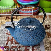 Чайник заварочный, с декором. Материал: Чугун. Цвет: Синий.