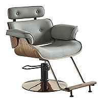 Кресло для клиента в парикмахерской.
