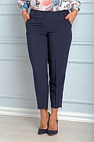 Женские осенние хлопковые синие деловые большого размера брюки Anelli 700 синий 50р.