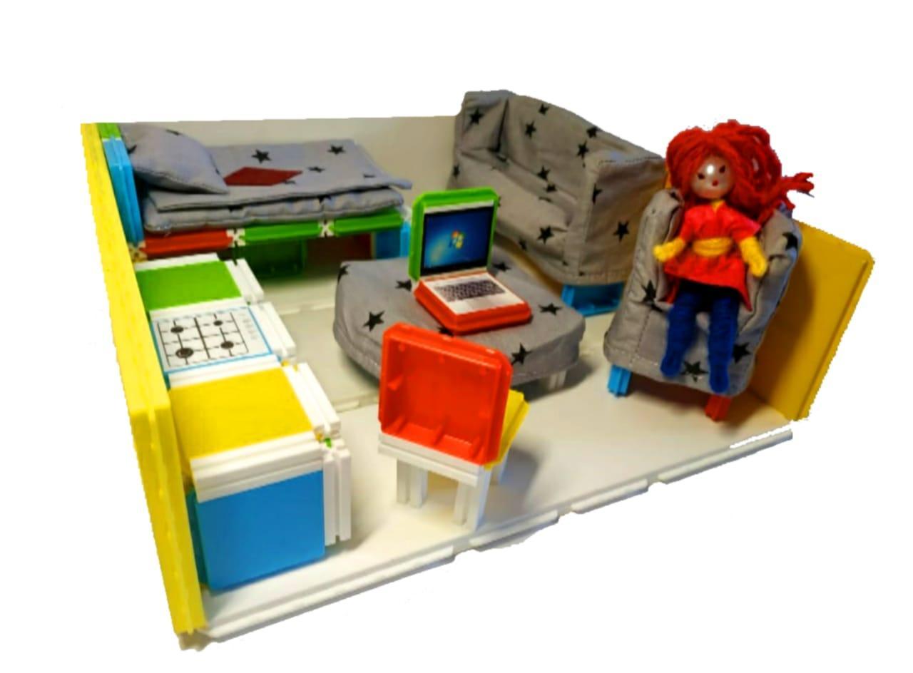 Домик для кукол и пупсов с мягкой мебелью и подарком. - фото 2
