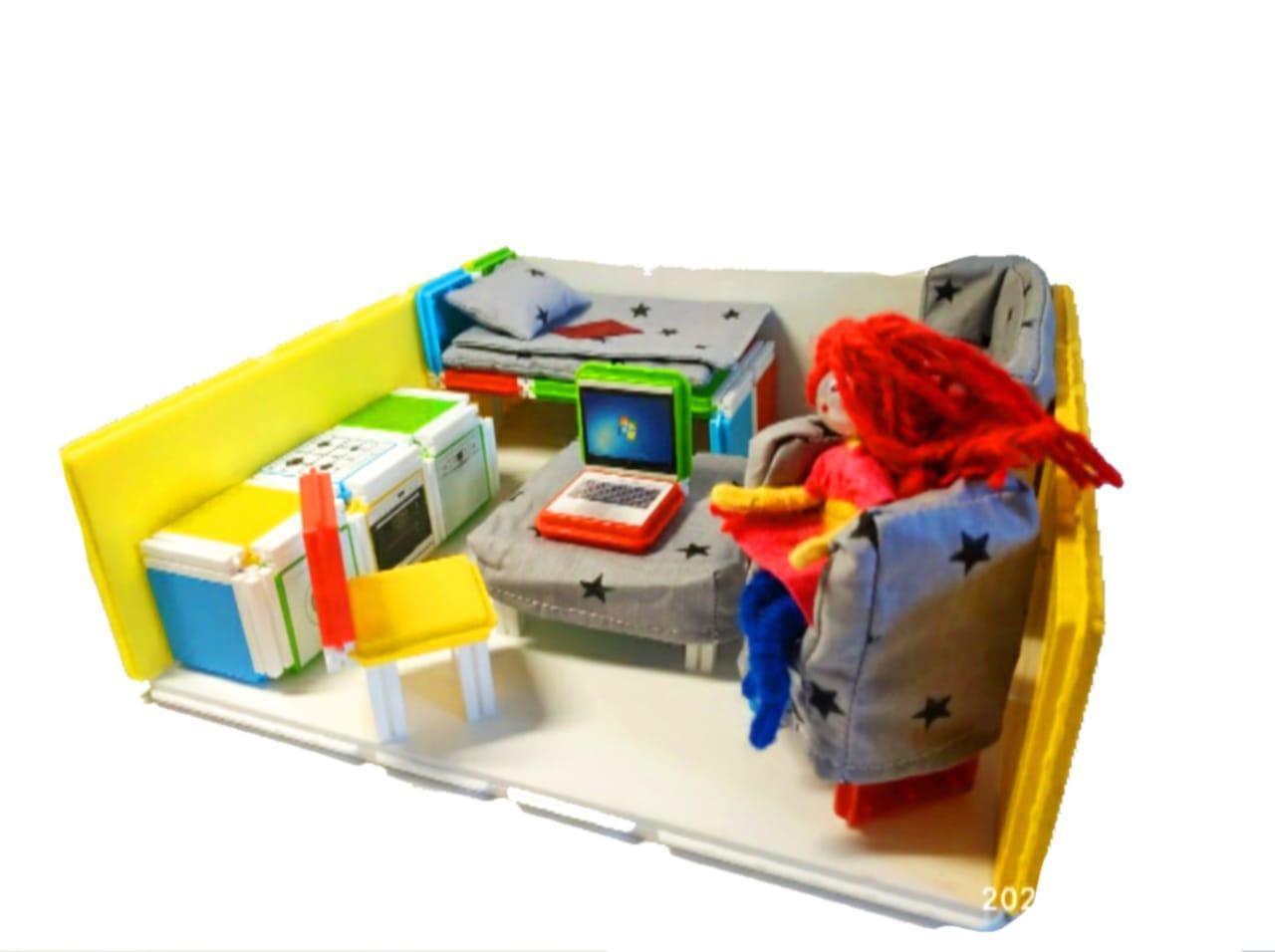 Домик для кукол и пупсов с мягкой мебелью и подарком. - фото 3