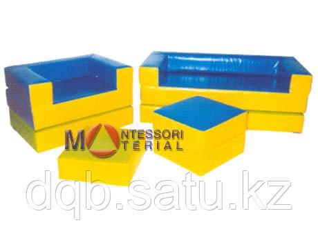 ЛАЗУРНЫЙ БЕРЕГ- модульный раскладывающийся в маты набор (диван - дл. 150см, кресло - дл. 100см, столик 50х50см, пуфик)