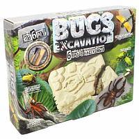 Набор для проведения раскопок Bugs Excavation Насекомые (Сверчок домовой, Жук олень)