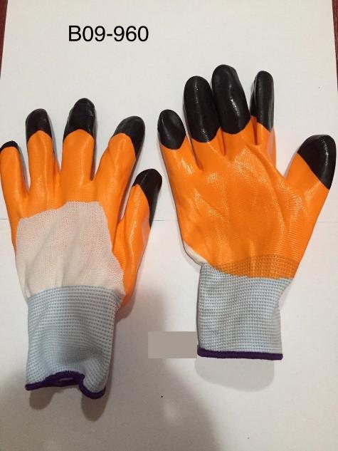 Перчатки нейлоновые оранжевые с черными пальцами