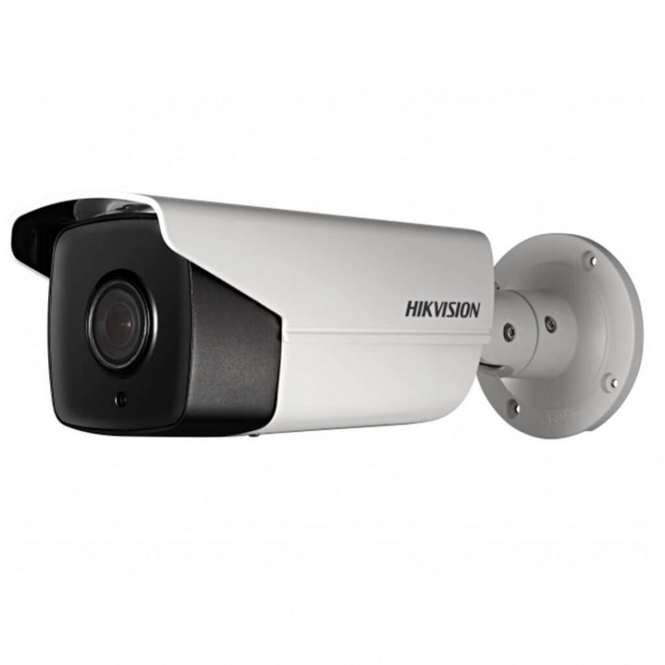 Видеокамера Hikvision DS-2CD4A26FWD-IZS/P Сетевая SMART, LPR
