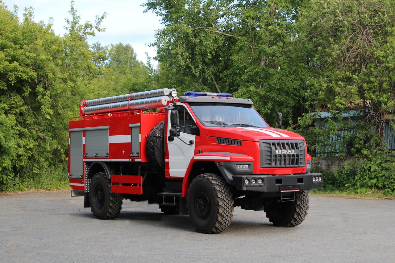 Автоцистерна пожарная АЦ-4,0-40 (43206)  На базе Урал 43206; Насос: С насосом заднего расположения