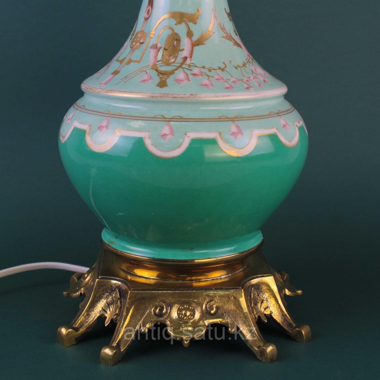 Настольная лампа с зеленым куполом. - фото 6