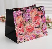 "Пакет ламинированный ""Садовые цветы"", люкс, 31 х 26 х 37 см 3811831"