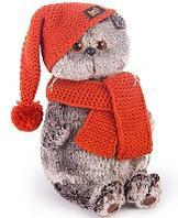Басик в вязаной шапке и шарфе 22 см
