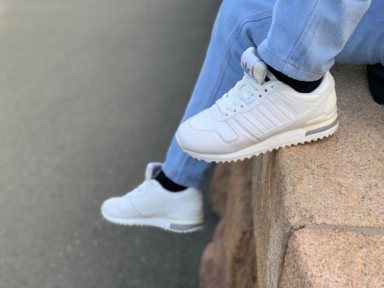 Кроссовки Adidas ZX 700 (White) - фото 2