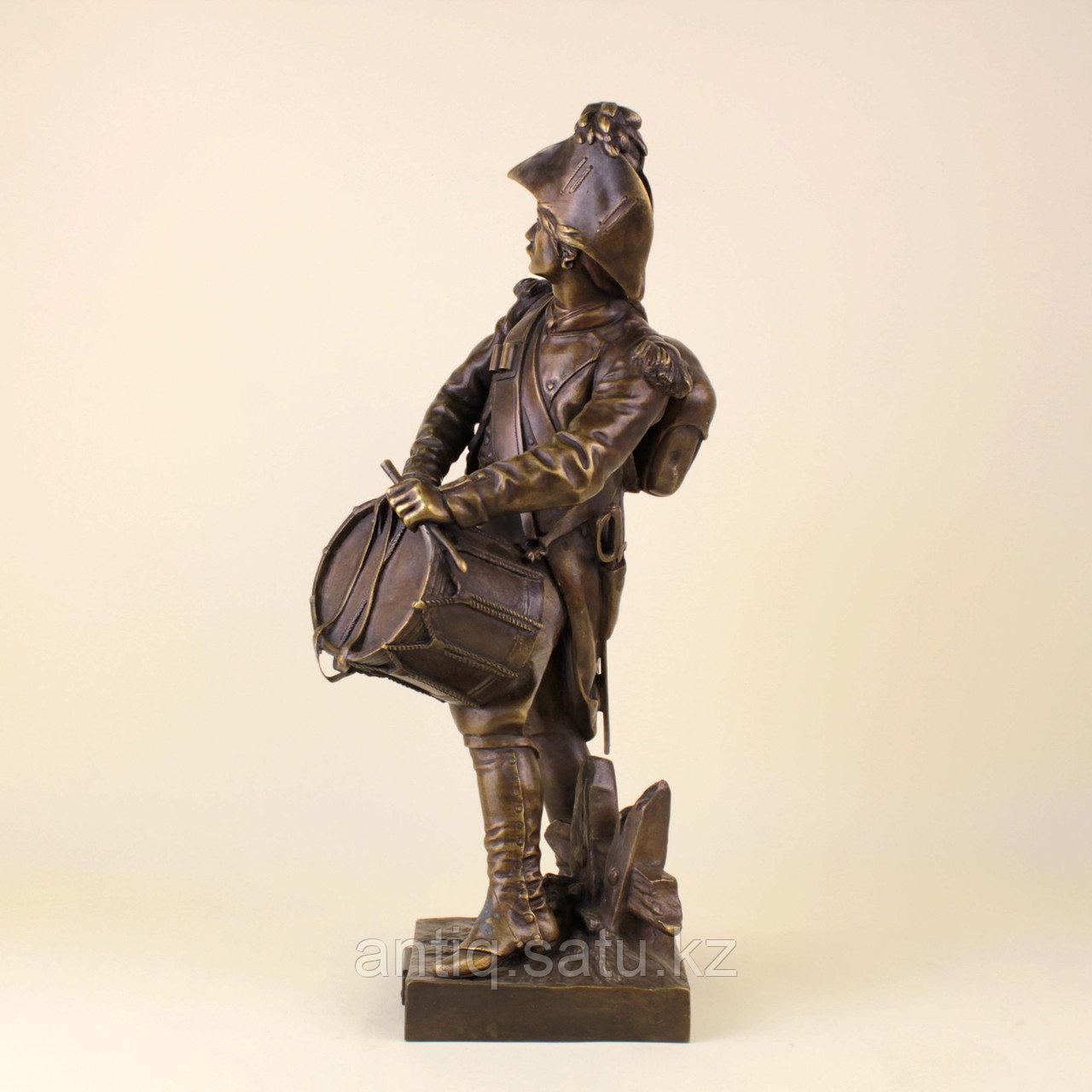 Барабанщик. Автор Etienne Henri Dumaige (1830-1888) - фото 2
