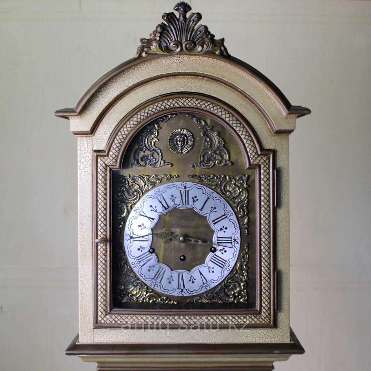 Напольные часы с рыцарским гербом. Германия. Середина ХХ века - фото 3