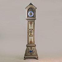 Напольные часы с рыцарским гербом. Германия. Середина ХХ века