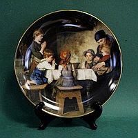 Коллекция тарелок знаменитой мануфактуры Lilien Porcelain (Австрия). Коллекционная серия «Произведения Фр