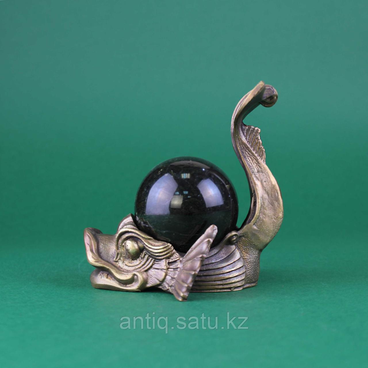 Рыба с шаром из камня. Бронза, литье, шар из натурального камня темно зеленого цвета. - фото 5