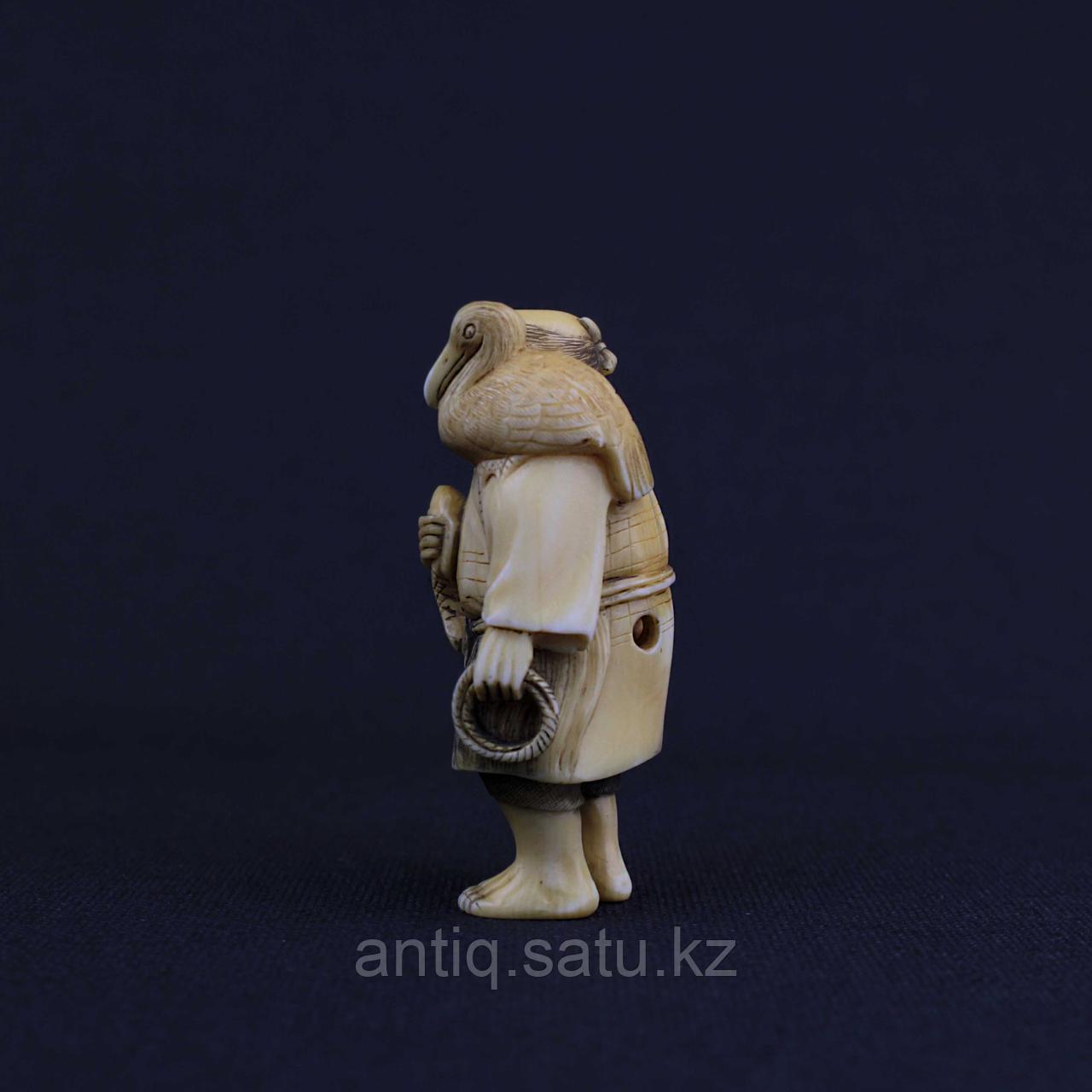Нэцкэ «Удачный улов» Слоновая кость. - фото 4
