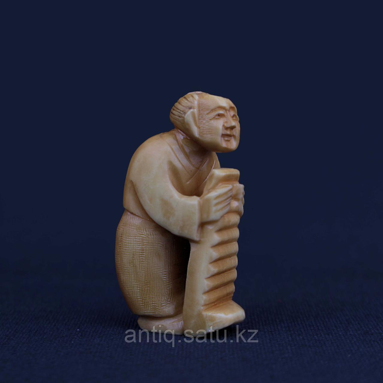 Нэцкэ Крестьянин. Слоновая кость - фото 1