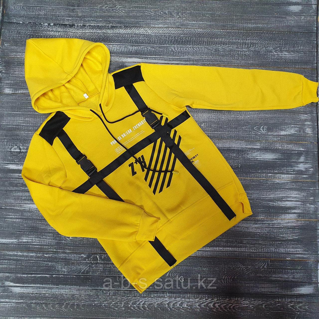 Свитшот желтый с черными ремешками