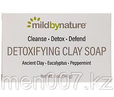 Mild By Nature, Кусковое мыло для лица и тела с глиной, эвкалиптом и перечной мятой, 141 г