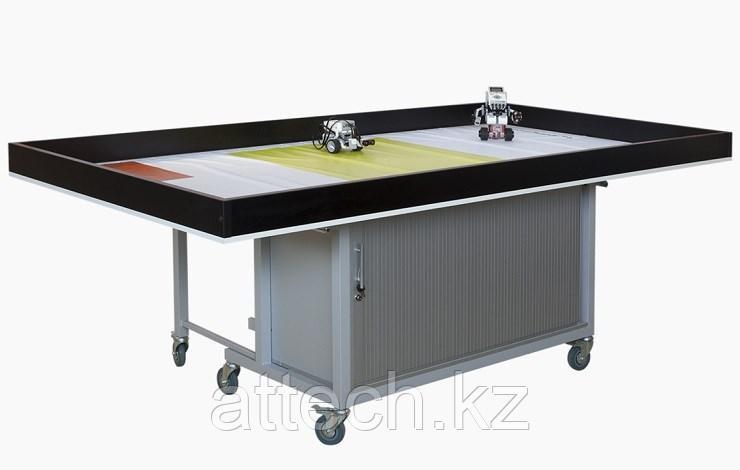 Стол для проведения занятий по робототехнике