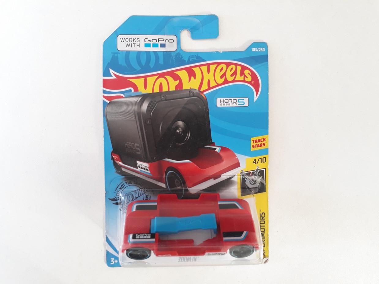 Машинка Hot wheels. Оригинал. Mattel. Хотвилс.